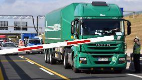Schranken mitten auf der Autobahn: NRW baut Fallen für LKW-Sünder