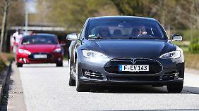 Vor allem auf deutschen Autobahnen habe der Tesla-Autopilot seine Schwächen, so das Gutachten.