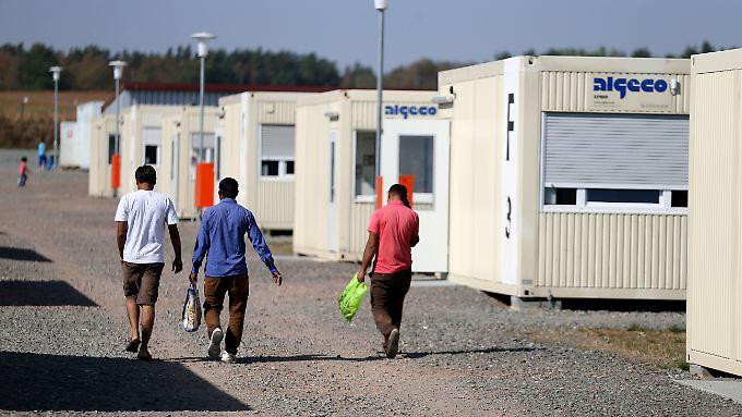 Vor allem beim Familiennachzug hat der subsidiäre Schutz für Flüchtlinge Konsequenzen.