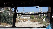 Scharfschützen beschossen Helfer: Gefechte folgen auf Feuerpause in Aleppo