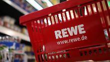 So schnell dürfte Rewe im Streit um die Supermarktfusion nicht einlenken.