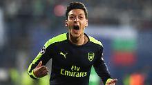 Drehte mit seinem Treffer zum 3:2 die Partie: Mesut Özil