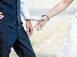 Mitgefangen, mitgehangen: Wann haften Ehepartner?