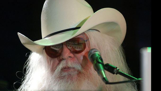 Leon Russell bei einem Auftritt in Fort Lauderdale 2009.