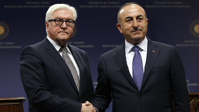 """""""Nicht ganz einfaches Gespräch"""": Türkische Regierung überhäuft Steinmeier mit"""