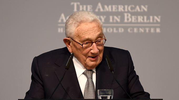 Henry Kissinger diente unter den Präsidenten Nixon und Ford.