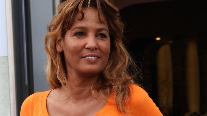 Nadja Abd el Farrag braucht Geld - doch ihren Job als Reporterin muss sie absagen.