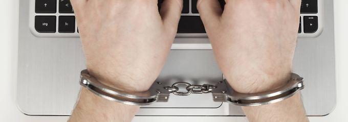 WLAN-Nutzer dürfen einer voreingestellter Verschlüsselung vertrauen - und müssen keine Strafe bei Missbrauch fürchten.