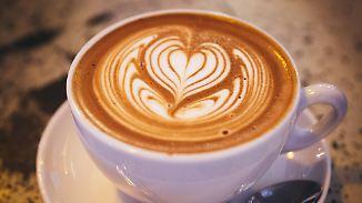 Aktuelle Kaffee-Trends: Deutsche lieben Filterkaffee und Milchschaumherzen