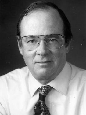 """Merritt Ruhlen ist Dozent für Anthropologie und Humanbiologie in Stanford und Direktor des Santa Fe-Programms """"Evolution der menschlichen Sprache""""."""