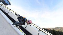 Saisonende nach Trainingssturz: Skisprung-Star Freund verletzt sich schwer