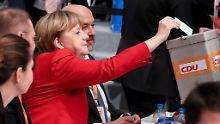 """""""Ich freue mich über das Ergebnis"""", sagt Merkel - dabei ist dieses von ihrer Glanzzeit weit entfernt."""