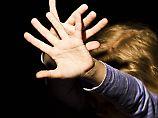 Erschreckende Studie: So viele erlitten in der Kindheit Gewalt