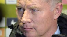 Rauswurf von Coach Schuster: Reuter widerspricht wilden Theorien