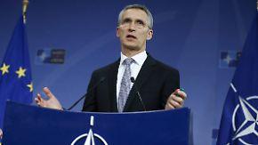 Hoffnung auf weitere Evakuierung in Aleppo: Nato-Chef Stoltenberg verteidigt Zurückhaltung in Syrien