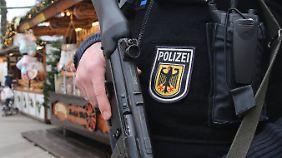Doppelstrategie: Die Bundespolizei zeigt Präsenz, ist aber auch zivil unterwegs.