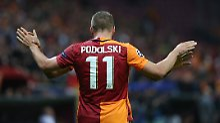"""""""Transfer in der Abschlussphase"""": Podolski zieht es angeblich nach China"""