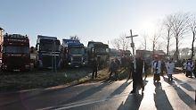 """""""Er war ein guter Mensch"""": Polen nimmt Abschied von Terroropfer"""