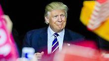 """Einladung statt Ausweisung: Trump preist Putin als """"sehr klug"""""""