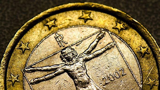 Die italienische Ein-Euro-Münze zeigt den vitruvianischen Menschen von Leonardo da Vinci mit den idealen Proportionen des menschlichen Körpers.