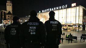 """""""Racial Profiling""""- und """"Nafri""""-Diskussion: Kölner Polizei muss sich für Silvestereinsatz verteidigen"""