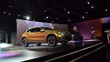 Zum Auftakt der NAIAS in Detroit präsentiert Mercedes seinen gelifteten GLA.