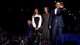 Familie Obama verabschiedete sich am Ende gemeinsam.