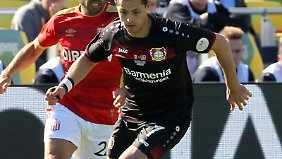 Auch nach dem Winter-Trainingslager in Florida will Chicharito Tore für Bayer Leverkusen schießen.