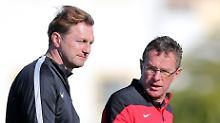 """""""Wir hatten viele Dinge aus der Hinrunde aufzuarbeiten"""": Ralph Hasenhüttl in Portugal, hier mit Sportdirektor Ralf Rangnick."""