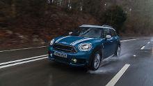 Auch bei widrigen Witterungsverhältnissen ein echter Spaß: der Mini Countryman Cooper S 4All.