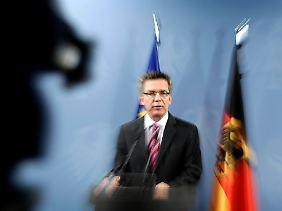 Bundesinnenminister de Maizière hatte eindringlich vor einem Anschlag noch im November gewarnt.