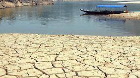 Anhaltende Dürren trocknen zunehmend Flüsse und Seen aus, wie hier den Mekong in Thailand.