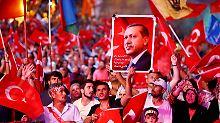 """Zehntausende Gülen-Anhänger in U-Haft: Erdogan plant weitere """"Säuberungen"""""""