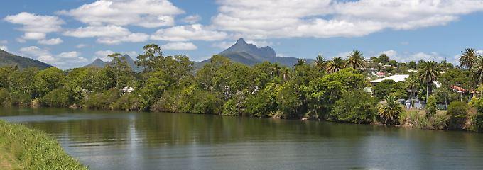 Blick auf Murwillumbah, den Tweed River und Mount Warning.