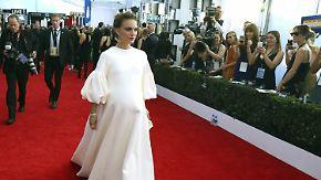 Promi-News des Tages: Natalie Portman mag's auf dem roten Teppich bequem