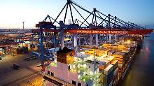 """Hamburger Hafen: Nachfrage nach """"Made in Germany"""" zieht an."""