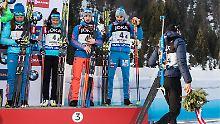 HOCHFILZEN, AUSTRIA - FEBRUARY 9, 2017: Bronze medalists Olga Podchufarova, Tatyana Akimova, Alexander Loginov, Anton Shipulin of Russia, and silver medalist Martin Fourcade of France (L-R) at an award ceremony for the 2  6 km + 2  7.5 km Mixed Relay event at the 2017 IBU Biathlon World Championships in Hochfilzen, Austria. Stanislav Krasilnikov/TASS PUBLICATIONxINxGERxAUTxONLY TS040854  Hochfilzen Austria February 9 2017 Bronze Medalists Olga Podchufarova Tatyana Akimova Alexander Loginov Anton Shipulin of Russia and Silver medalist Martin Fourcade of France l r AT to Award Ceremony for The 2  6 km + 2  7 5 km Mixed Relay Event AT The 2017 IBU Biathlon World Championships in Hochfilzen Austria Stanislav Krasilnikov TASS PUBLICATIONxINxGERxAUTxONLY TS040854