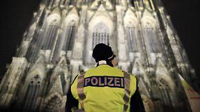 Große Koffer sind künftig verboten: Kölner Polizei will Dom-Besucher kontrollieren