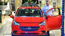 Sorge um Jobs: Möglicher Opel-Deal überrascht Politik