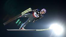 Andreas Wellinger springt in Pyeongchang nach irrer Aufholjagd noch aufs Podium.