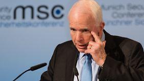 US-Senator McCain ist in seiner Partei einer der größten Kritiker von US-Präsident Trump.