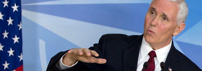 Mike Pence beschwichtigt dort, wo sein Chef Verunsicherung hervorgerufen hat.