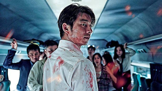 """Seok-woo wandelt sich in """"Train to Busan"""" vom Egoisten zum Helden mit solidarischen Attitüden."""