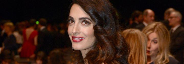 Promi-News des Tages: Amal Clooneys Bauch zieht alle Blicke auf sich