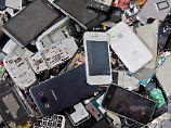 Handel in der Kritik: Läuft die Elektroschrott-Rückgabe?