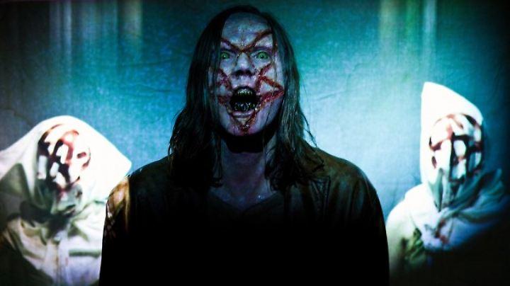 So sehen Geister von Massenmördern nun mal aus.