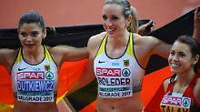 Cindy Roleder (M.) gewinnt vor Alina Talay (r.) und Pamela Dutkiewicz.