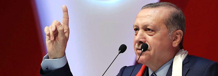 Streit um abgesagte Wahlkampfauftritte: Der Ton zwischen Berlin und Ankara wird rauer