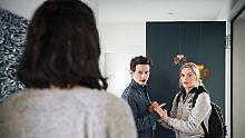 Nura (Yelena Tronina, r.) und Nurali (Joel Basman) haben unterschiedliche Vorstellungen davon, mit der Vergangenheit umzugehen.