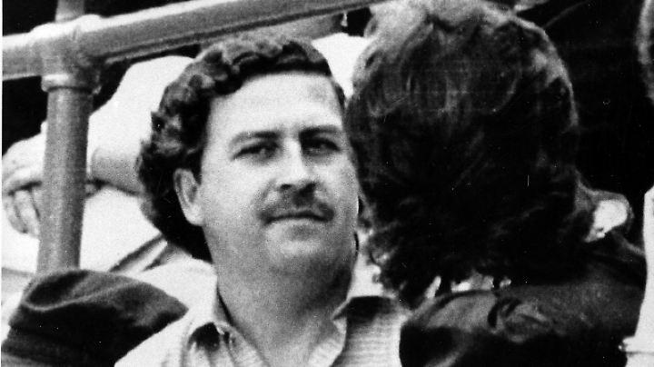 Pablo Escobar Anfang der 1980er-Jahre bei einem Fußballspiel in Medellín.